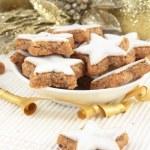 Star-shaped Christmas Cinnamon Cookies — Stock Photo