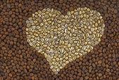 Chicchi di caffè come cuore — Foto Stock