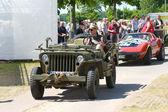 """Paaren im glien, Německo - 26. května: auto Jeep willys mb nás armádní džíp, """"oldtimer show"""" v mafz, květen 26, 2012 v paaren im glien, Německo — Stock fotografie"""