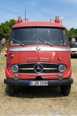 "PAAREN IM GLIEN, GERMANY - MAY 26: Minibus emergency service Mercedes-Benz L 319, ""The oldtimer show"" in MAFZ, May 26, 2012 in Paaren im Glien, Germany — Stock Photo"