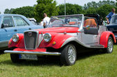 "PAAREN IM GLIEN, GERMANY - MAY 26: Spartan Cars, ""The oldtimer show"" in MAFZ, May 26, 2012 in Paaren im Glien, Germany — Foto Stock"