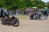 """PAAREN IM GLIEN, GERMANY - MAY 26: Various motorcycles Harley-Davidson, """"The oldtimer show"""" in MAFZ, May 26, 2012 in Paaren im Glien, Germany — Stock Photo"""