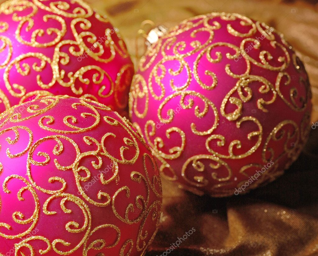 Pink christmas balls with gold glitter pattern on a silk background. Selective focus.  Stok fotoraf #11950454