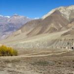 Nepal arid mountains — Stock Photo