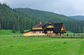 Wooden house - Tatra mountains — Stock Photo