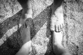 2 pairs of feet — Stockfoto