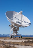 Large Radio Satellite Dish — Stock Photo
