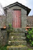 Pequeña casa rustica — Foto de Stock