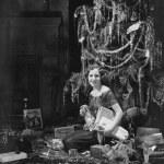 adolescente com presentes de Natal — Foto Stock