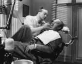Bang voor de tandarts — Stockfoto