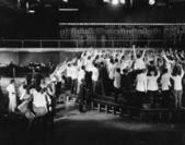 Skara glada handlare på börsen — Stockfoto