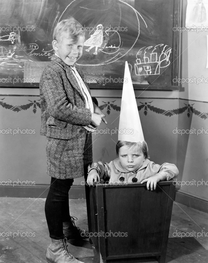 DUNCE CAP — Stock Photo #12284986
