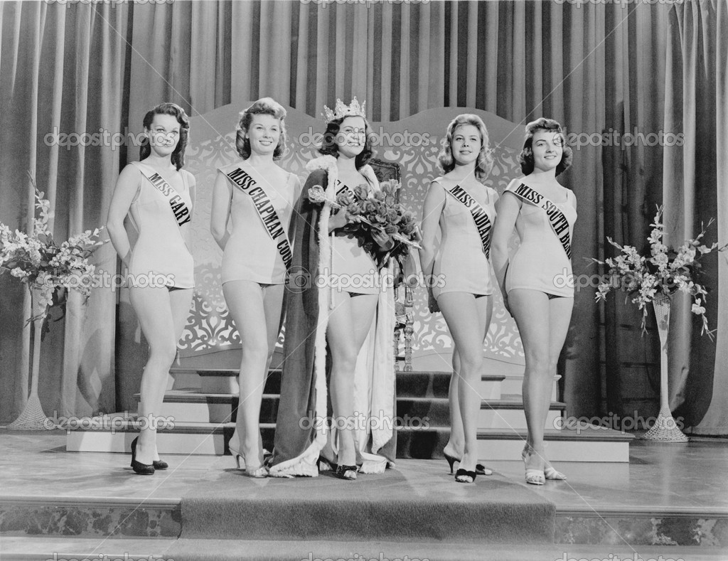BEAUTY PAGEANT — Stockfoto #12285652