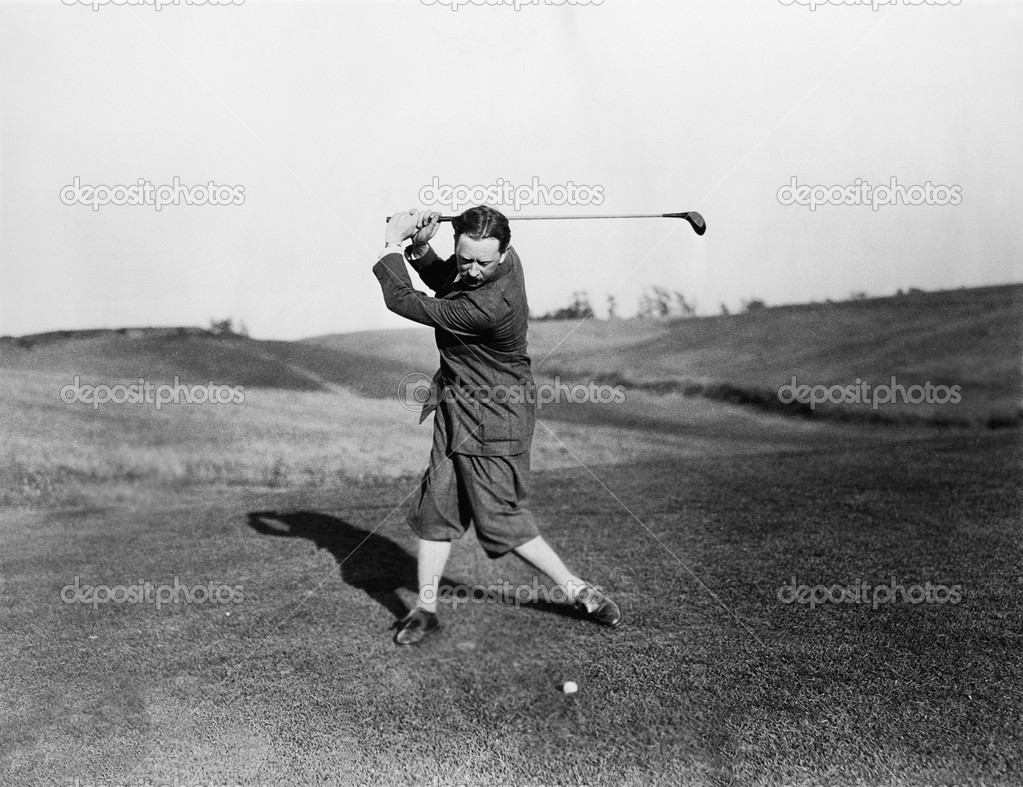 Man playing golf — Stock Photo #12289927