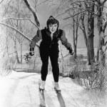 porträtt av kvinnliga skidåkare — Stockfoto