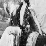 mulher elegante, admirando a sua forma — Foto Stock