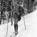 manliga skidåkare skidåkning slalom — Stockfoto
