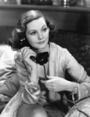 Portrait of woman using telephone — Stock Photo