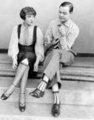 Paar sitzen zusammen auf treppe — Stockfoto