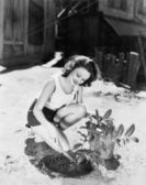 从事园林工作的年轻女子 — 图库照片