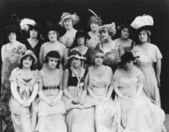 Retrato de mulheres com chapéus — Foto Stock