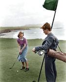 在海岸边打高尔夫 — 图库照片