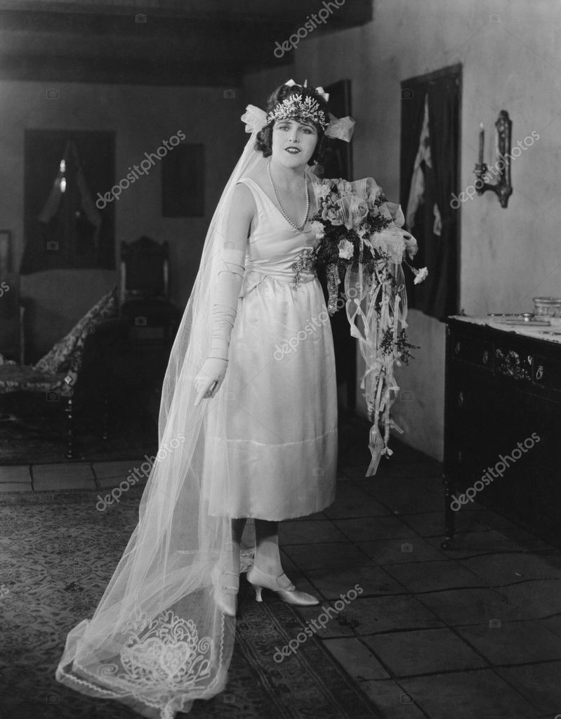 On her wedding day — Stock Photo #12300969