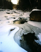 New Hampshire White Mountainsr river in winter — Stock Photo
