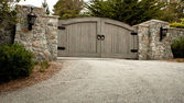 Puerta de entrada residenciales — Foto de Stock