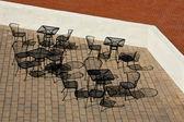 屋外カフェ テーブルと椅子 — ストック写真