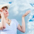 Young woman complains about weather change — Stock Photo