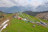 Sants, Svájc - május 27-én: A versenytársak a kezdete a svájci mesterek sárkányrepülés versenyeken részt vesz a május 27, 2012-a Sants, Svájc