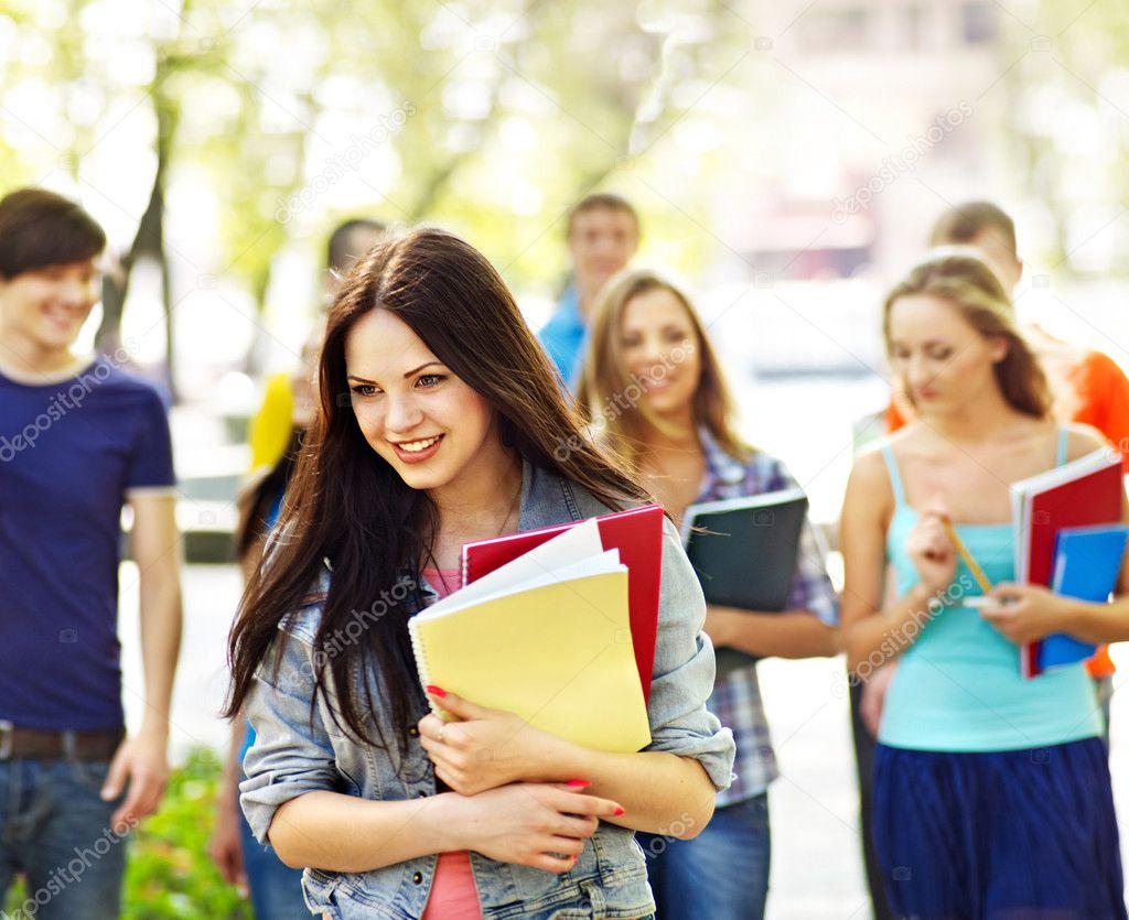 Студентка по обмену, Русская студентка по обмену опытом трахается 25 фотография