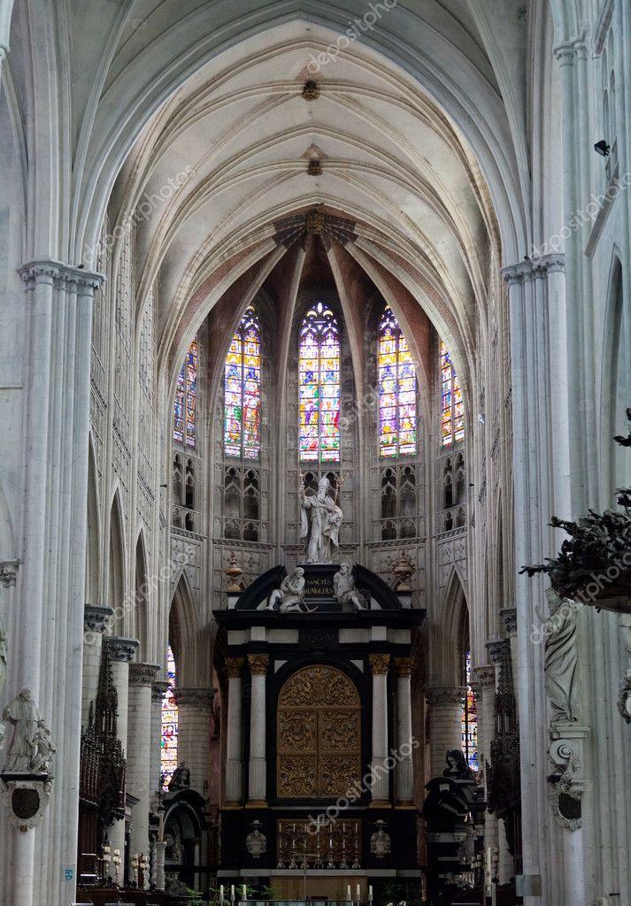 Int rieur d 39 une cath drale du sacr rumold malines for Interieur belgium