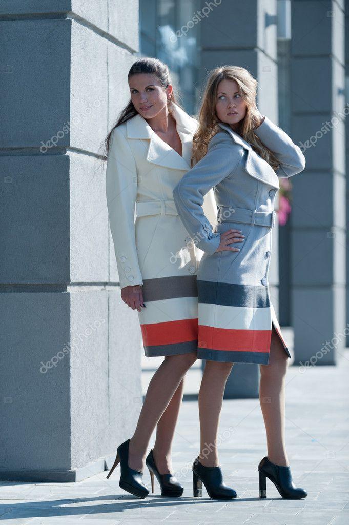 zobrazit trendy kabáty — Stock Fotografie © ffotograff65  11594071 15d94d7984c