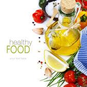 Fotografia olio doliva e ingredienti