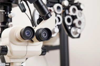 Medical Equipments For Eye Checkup
