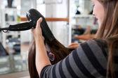 stylista sušení vlasů