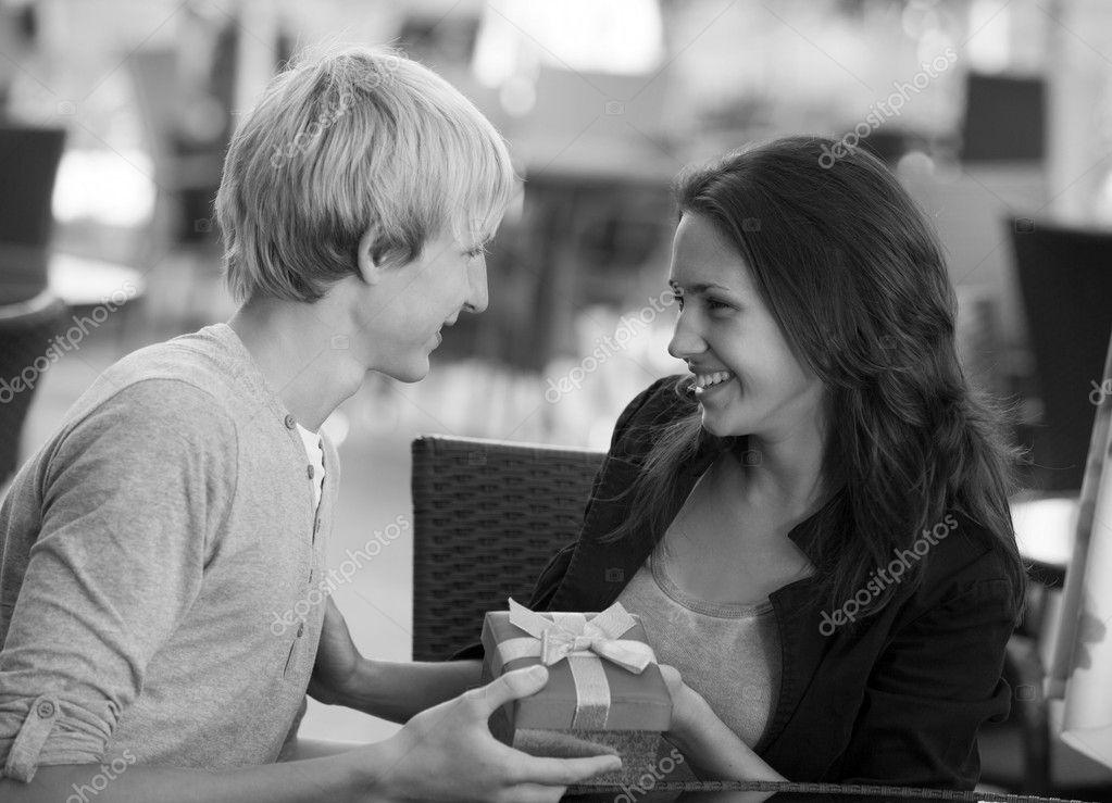 Interrassische Dating-Fotos