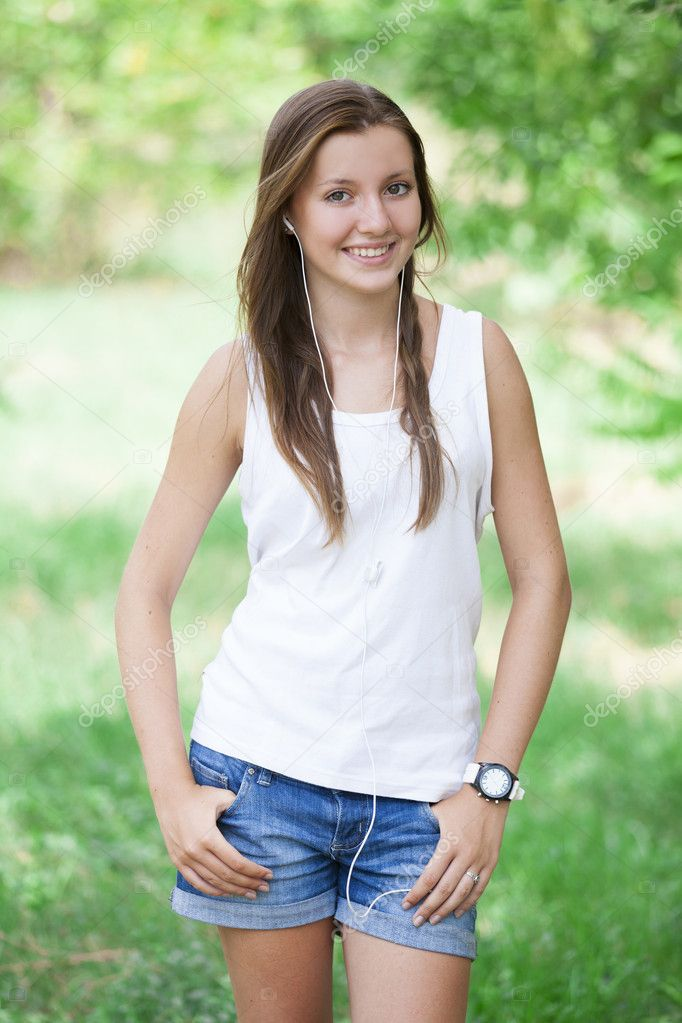 Beautiful teen girl in the park with headphones. — Stock ... on Beautiful Teen Girl  id=62318