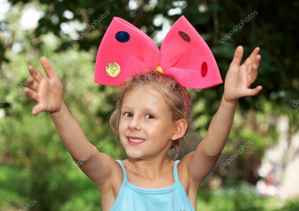 Трахнуть девочку с бантами скачать фото 696-892