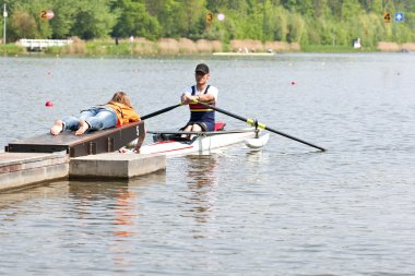 Handicapped rowing race