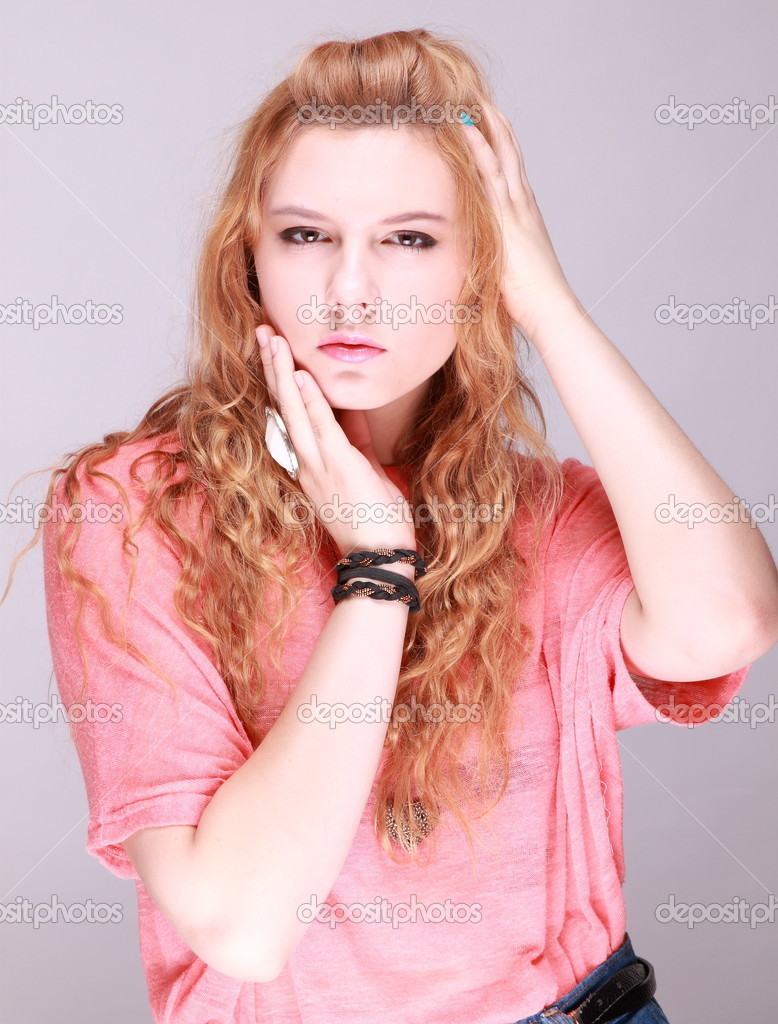 Beautiful girl with simple background — Stock Photo © luseaboluo ...