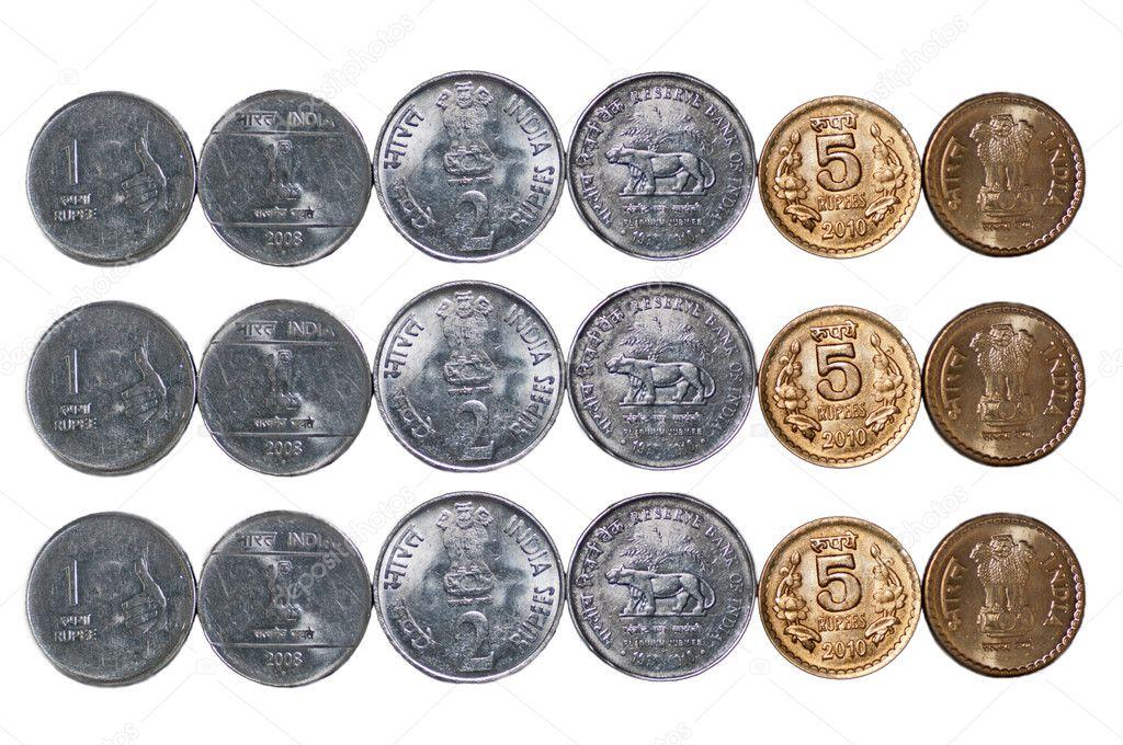 3 Reihen Indische Währung Münzen Isoliert Auf Weißem Textfreiraum