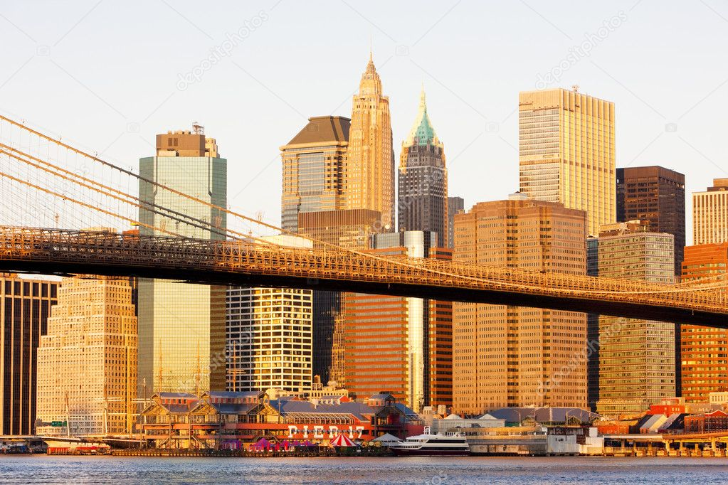 Manhattan with Brooklyn Bridge, New York City, USA