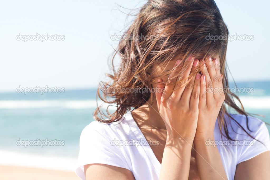 crying woman stock photo young woman crying stock photo 169 michaeljung 11339383 7089