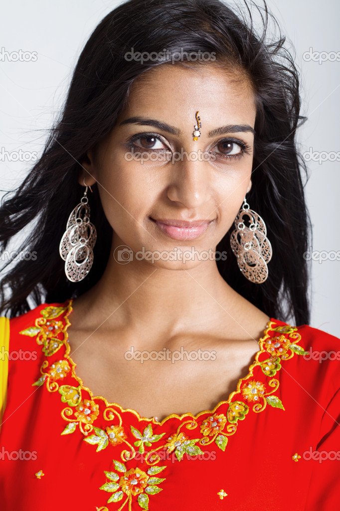 121758039a Beautiful indian woman closeup portrait — Stock Photo © michaeljung ...