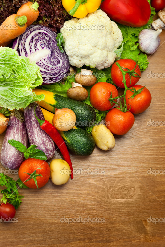 Fresh Organic Vegetables / on the Wooden Desk
