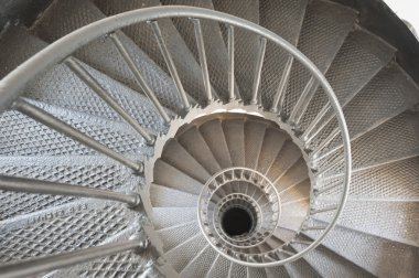 Spiral staircase to infinity