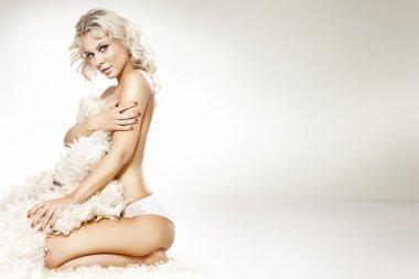 Fashion photo of beautiful nude woman